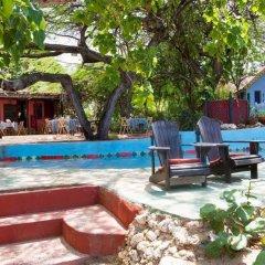Отель Jakes Hotel Ямайка, Треже-Бич - отзывы, цены и фото номеров - забронировать отель Jakes Hotel онлайн бассейн фото 3