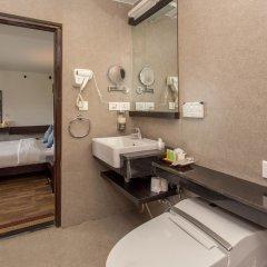 Отель Dhulikhel Mountain Resort Непал, Дхуликхел - отзывы, цены и фото номеров - забронировать отель Dhulikhel Mountain Resort онлайн ванная фото 2