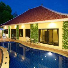 Отель Magic Villa Pattaya бассейн