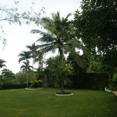 Отель San San Tropez Ямайка, Порт Антонио - отзывы, цены и фото номеров - забронировать отель San San Tropez онлайн спортивное сооружение