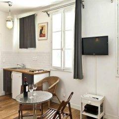 Апартаменты Bp Apartments - Authentic Moulin Rouge Париж в номере