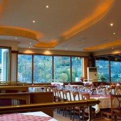 Отель Crystal Болгария, Смолян - отзывы, цены и фото номеров - забронировать отель Crystal онлайн питание
