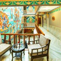 Отель Lotus Gems Непал, Катманду - отзывы, цены и фото номеров - забронировать отель Lotus Gems онлайн балкон