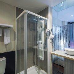 Отель Petit Palace Chueca ванная