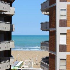 Hotel Lily Римини пляж