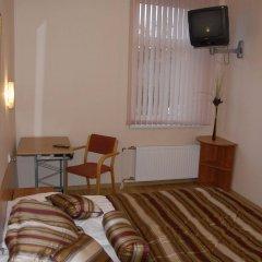 Отель Knights Court Guest House удобства в номере