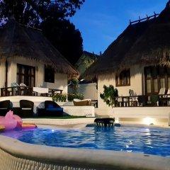 Отель Clear View Resort бассейн