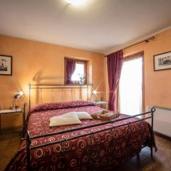 Отель Lo Teisson Bed And Breakfast Поллейн комната для гостей