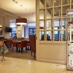 Отель Holiday Inn Brussels Schuman развлечения