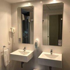Отель Aparthotel Valencia Rental ванная