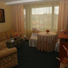 Отель Grand Hotel Shumen Болгария, Шумен - отзывы, цены и фото номеров - забронировать отель Grand Hotel Shumen онлайн интерьер отеля
