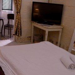 Отель Lee's House boutique bed and breakfast Мальта, Слима - отзывы, цены и фото номеров - забронировать отель Lee's House boutique bed and breakfast онлайн комната для гостей фото 3