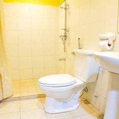 Отель Gran Prix Manila Филиппины, Манила - 1 отзыв об отеле, цены и фото номеров - забронировать отель Gran Prix Manila онлайн ванная фото 2