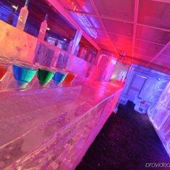 Kube Hotel Ice Bar гостиничный бар