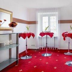 Отель TIPTOP Hotel Burgschmiet Garni Германия, Нюрнберг - отзывы, цены и фото номеров - забронировать отель TIPTOP Hotel Burgschmiet Garni онлайн помещение для мероприятий