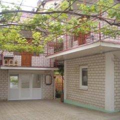 Гостиница Guest House On Novorossiyskaya в Анапе отзывы, цены и фото номеров - забронировать гостиницу Guest House On Novorossiyskaya онлайн Анапа парковка