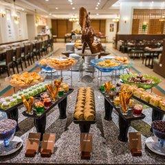 Отель Ravindra Beach Resort And Spa питание