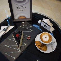 Saraya Corniche Hotel удобства в номере фото 2