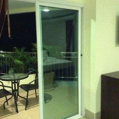 Отель Smile Residence Таиланд, Бухта Чалонг - 2 отзыва об отеле, цены и фото номеров - забронировать отель Smile Residence онлайн балкон