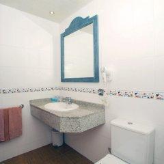 Отель Aparthotel Cabau Aquasol Испания, Пальманова - 1 отзыв об отеле, цены и фото номеров - забронировать отель Aparthotel Cabau Aquasol онлайн ванная фото 2