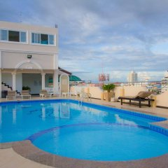 Отель LK Mansion бассейн фото 2