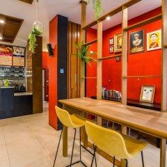 Отель PJ Patong Resortel гостиничный бар