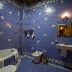 Отель Riad Al Fassia Palace Марокко, Фес - отзывы, цены и фото номеров - забронировать отель Riad Al Fassia Palace онлайн ванная