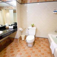 Отель Bella Villa Prima Hotel Таиланд, Паттайя - отзывы, цены и фото номеров - забронировать отель Bella Villa Prima Hotel онлайн ванная