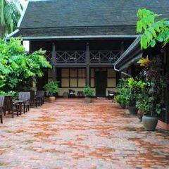 Отель Villa Lao Wooden House фото 8