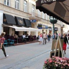 Отель Hostel Chmielna 5 Rooms & Apartments Польша, Варшава - отзывы, цены и фото номеров - забронировать отель Hostel Chmielna 5 Rooms & Apartments онлайн фото 2