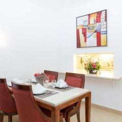 Апартаменты Oura View Beach Club Apartments удобства в номере
