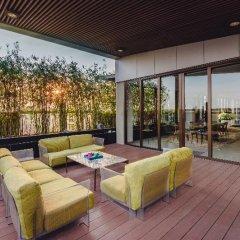 Отель SILA Urban Living Вьетнам, Хошимин - отзывы, цены и фото номеров - забронировать отель SILA Urban Living онлайн терраса/патио