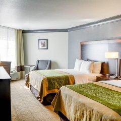 Отель Comfort Inn And Suites Near Universal Studios Лос-Анджелес комната для гостей фото 5