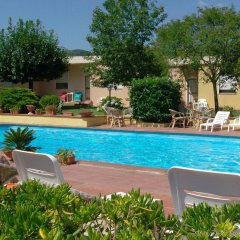 Hotel Le Mimose бассейн