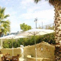 Отель Agriturismo Raggioverde Италия, Реканати - отзывы, цены и фото номеров - забронировать отель Agriturismo Raggioverde онлайн бассейн