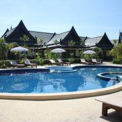 Отель Airport Resort & Spa бассейн фото 2
