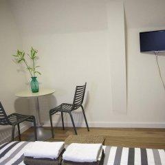 Отель Kuwadro B&B Amsterdam Jordaan удобства в номере