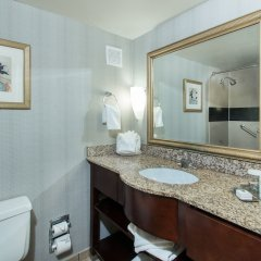 Отель DoubleTree by Hilton Columbus/Worthington США, Колумбус - отзывы, цены и фото номеров - забронировать отель DoubleTree by Hilton Columbus/Worthington онлайн ванная фото 2