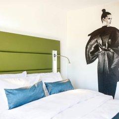 Отель Indigo Düsseldorf - Victoriaplatz Германия, Дюссельдорф - отзывы, цены и фото номеров - забронировать отель Indigo Düsseldorf - Victoriaplatz онлайн комната для гостей фото 3