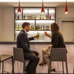 Mercure Lisboa Hotel гостиничный бар