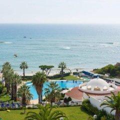 Апартаменты Oura View Beach Club Apartments пляж