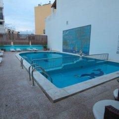 Отель Hostal Marino Испания, Сан-Антони-де-Портмань - 1 отзыв об отеле, цены и фото номеров - забронировать отель Hostal Marino онлайн бассейн
