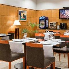 Отель NH Ciudad Real Испания, Сьюдад-Реаль - отзывы, цены и фото номеров - забронировать отель NH Ciudad Real онлайн питание фото 2