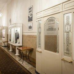 Отель Grand Hotel Rimini Италия, Римини - 4 отзыва об отеле, цены и фото номеров - забронировать отель Grand Hotel Rimini онлайн интерьер отеля фото 2