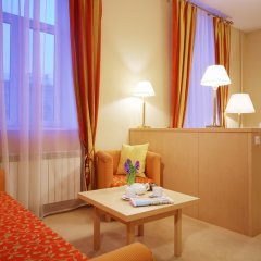 Гостиница Октябрьская 4* Стандартный номер с двуспальной кроватью фото 9