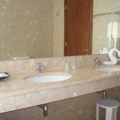 Отель Gaivota Azores Португалия, Понта-Делгада - отзывы, цены и фото номеров - забронировать отель Gaivota Azores онлайн ванная