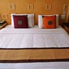 Отель Smart Suites Bangkok Бангкок сейф в номере