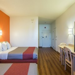 Отель Motel 6 Dale комната для гостей фото 4