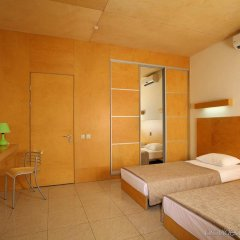 GoodZone Business&Relax Hotel Писчанка комната для гостей