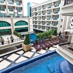 Отель Miracle Suite Таиланд, Паттайя - 1 отзыв об отеле, цены и фото номеров - забронировать отель Miracle Suite онлайн балкон
